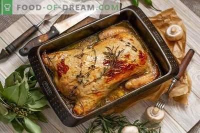 Gefülltes Hähnchen ohne Knochen im Ofen