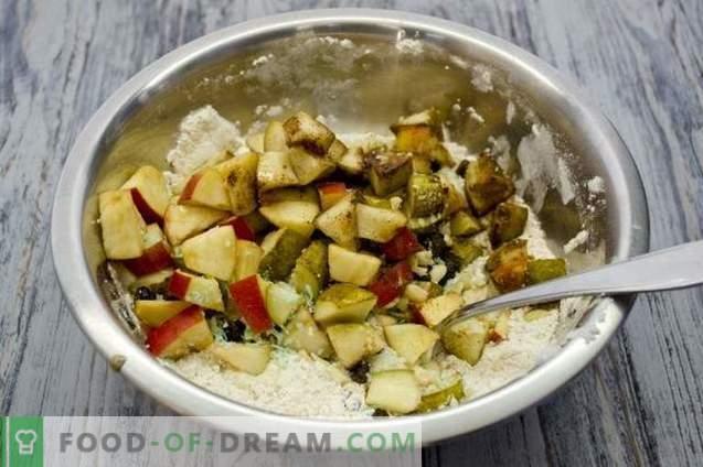 Obstkuchen mit Äpfeln, Birnen und Nüssen