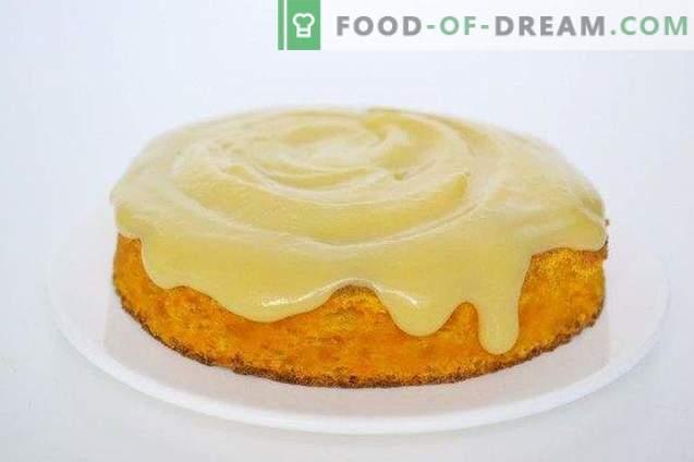 Möhren-Biskuitkuchen mit Orangencreme