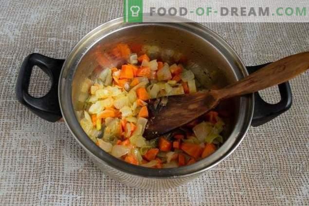 pilaf friabile con zucca e carne in modo azero