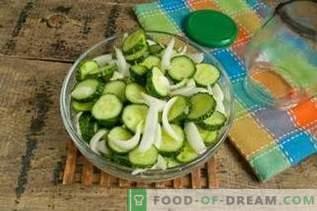 Gurkensalat mit Zwiebeln für den Winter