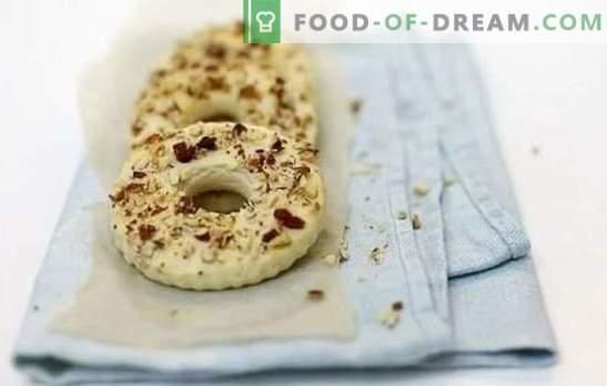 Hausgemachtes Shortbread - köstliches Gebäck für Tee! Appetitlich hausgemachte Kuchen auf Kefir, Sauerrahm, Milch und Sahne