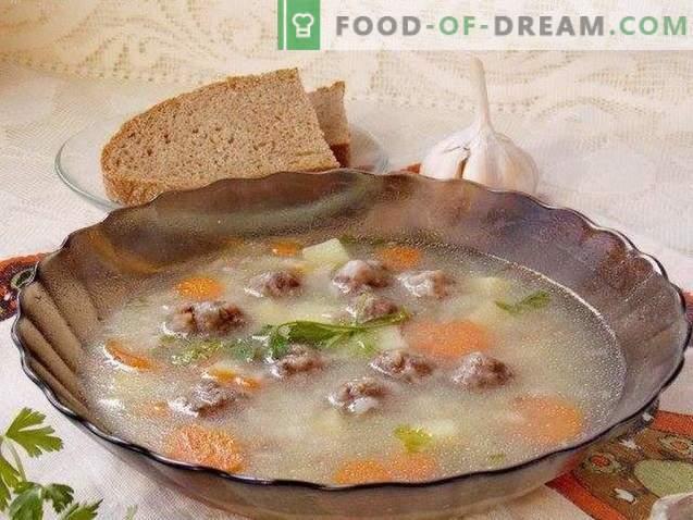 Sopa de almôndega