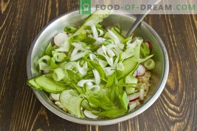Lenten salad with brown rice and vegetables