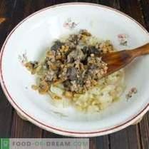 Kartoffelpasteten mit Pilzfüllung