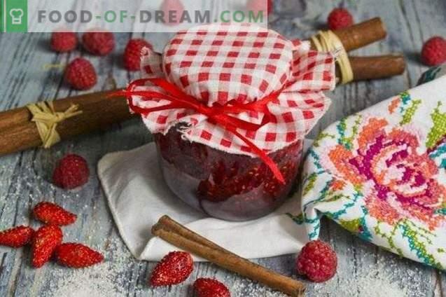 Erdbeermarmelade mit Himbeeren und Zimt