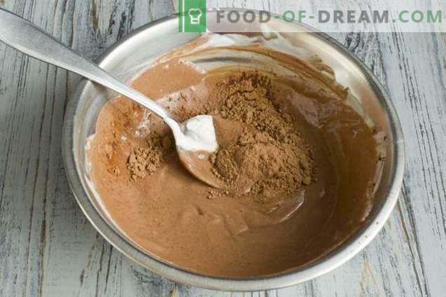 Piškotke z orehi in kislo smetano