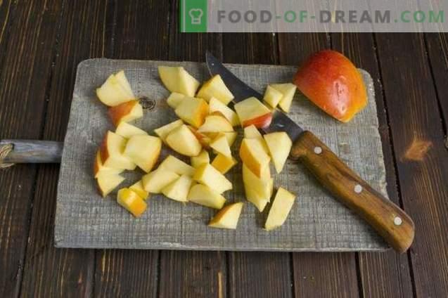 Pumpkin jam with physalis, apples and orange