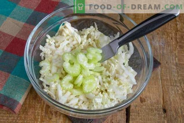 Frühstückstoast mit Avocado und Eiersalat