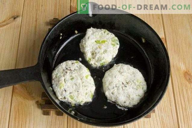 Hüttenkäsekoteletts mit Sellerie und pochiertem Ei
