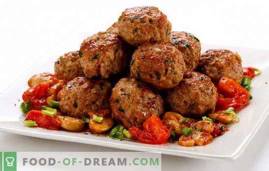 Rinderhackfleisch sind ein einfaches Gericht. Rezepte für saftige Rindfleisch-Pastetchen: Klassik usw.