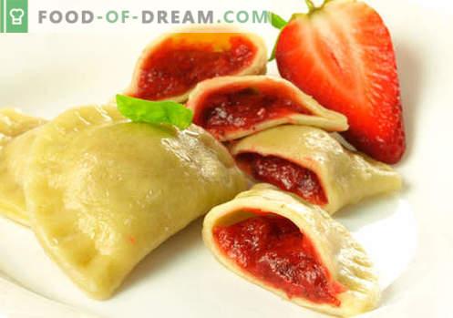 Knödel mit Erdbeeren - die besten Rezepte. Wie man richtig und lecker Knödel mit Erdbeeren zu Hause zubereitet.