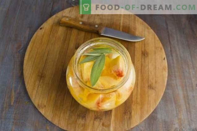 Compote din pepene galben cu piersici și salvie pentru iarnă