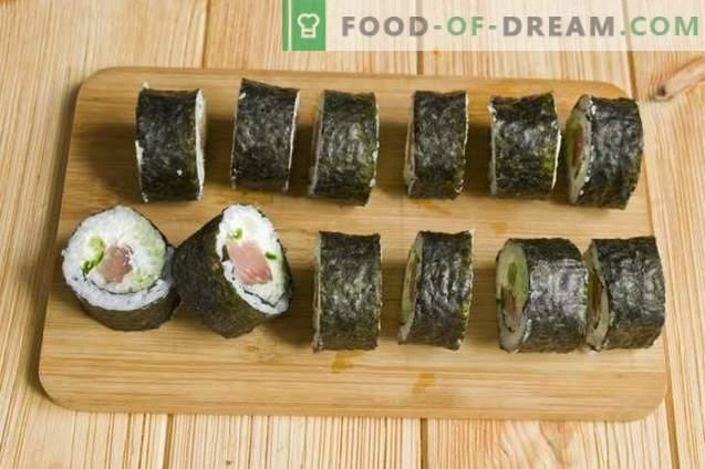 Sushi-Maki mit rotem Fisch