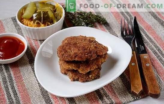 Hackfleischkoteletts: zart, saftig mit knuspriger Kruste. Schritt-für-Schritt-Rezept des Autors aus Hackfleischkoteletts, gebraten in einer Pfanne in Paniermehl