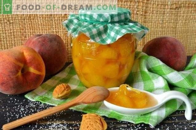 Eingemachte Pfirsiche in Ingwer-Sirup