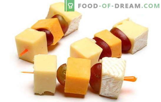 Kanapees mit Käse - ein tadelloser Snack für jede Feier. Die besten Rezepte für Kanapees mit Käse: einfach und ungewöhnlich