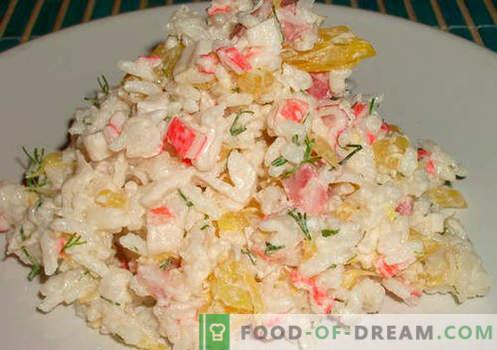 Salat mit Reis und Mais - eine Auswahl der besten Rezepte. Wie man richtig und lecker einen Salat mit Reis und Mais zubereitet.