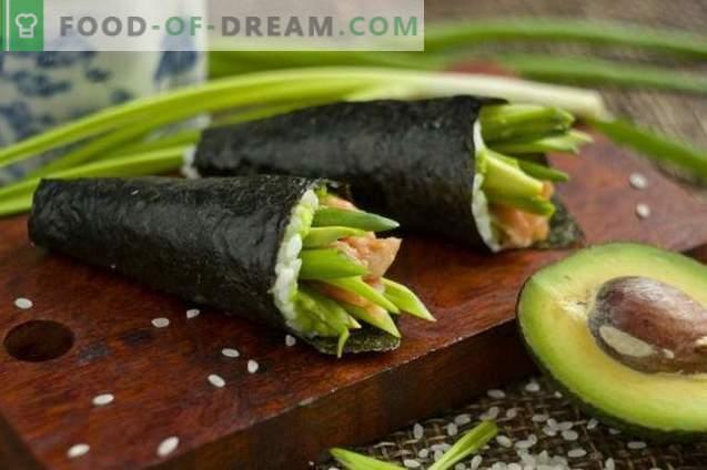 Temaki-Sushi mit Avocado und Forelle