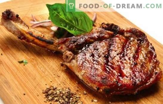 Schweinefleisch am Knochen - Rezepte für das leckerste Fleisch. Wie man Schweinefleisch auf dem Knochen im Ofen, im Topftopf und auf dem Herd zubereitet