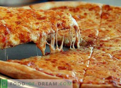 Pizza in einer Pfanne für 10 Minuten, schrittweise Rezept, mit Kefir, auf Brot, mit Schinken, mit Mayonnaise
