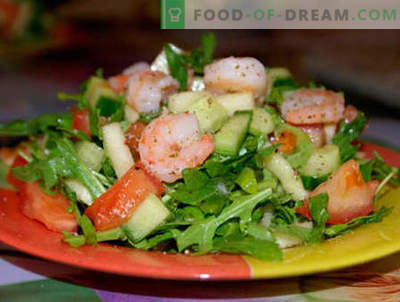 Salate mit Rucola und Garnelen - die fünf besten Rezepte. Wie man richtig und lecker Salate mit Rucola und Garnelen zubereitet.