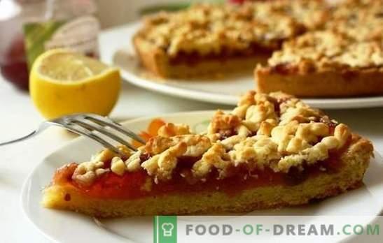Geriebener Apfelkuchen ist ein einfaches kulinarisches Wunder. Die besten Rezepte für geriebenen Kuchen mit Äpfeln und Nüssen, Bananen, Mandeln