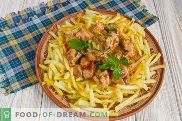 Azu im Tatarenstil mit Essiggurken und Kartoffeln