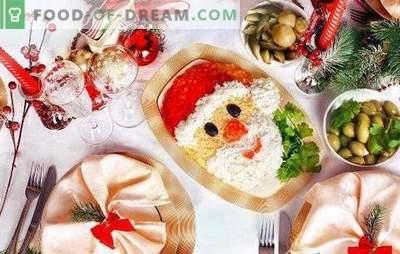 Weihnachtssalate mit Pflaumen: 10 interessante Ideen