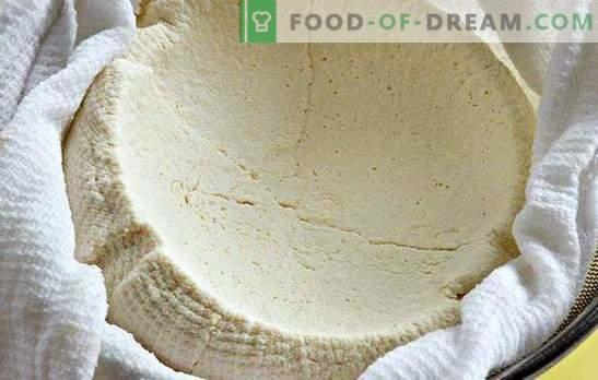 Wie man Hüttenkäse aus Joghurt zu Hause zubereitet: Es ist ganz einfach. Hausgemachter Frischkäse - lecker und gesund