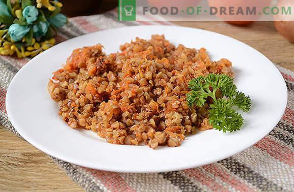 Buchweizenbrei in Tomatensauce: Lebensmittel für Sportler und Abnehmen können lecker sein! Ein einfaches Foto-Rezept für Buchweizen in einer duftenden Tomatensoße